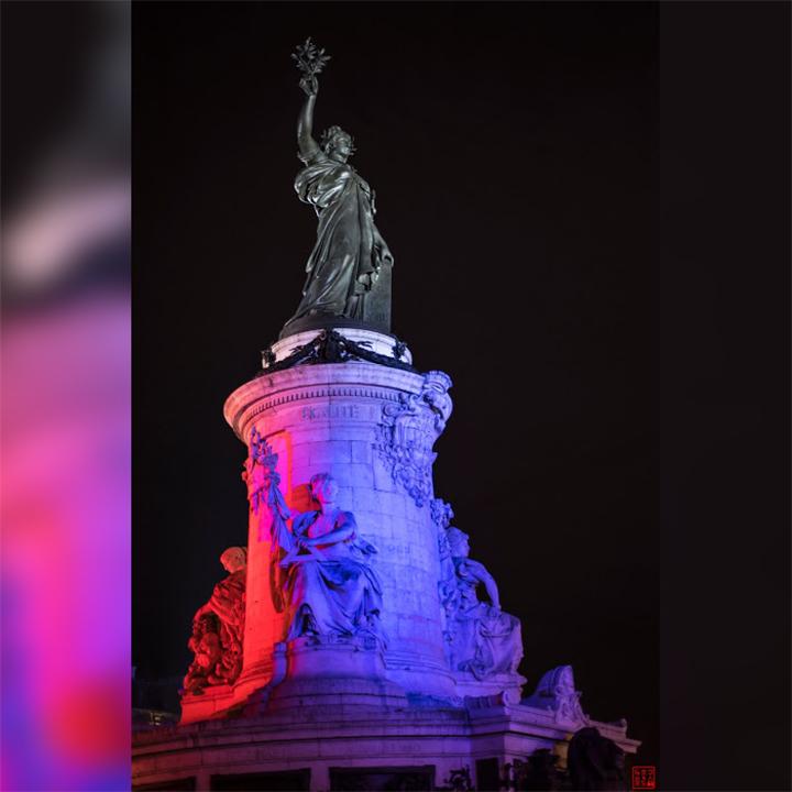 ParisByNight